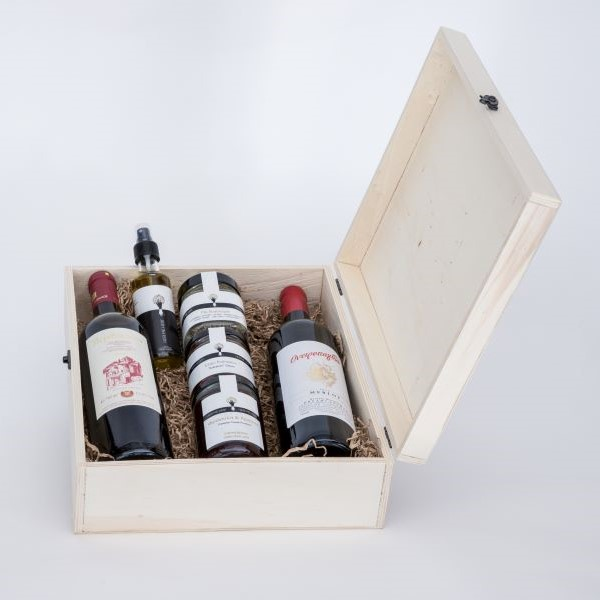Premium Collection - Gift Box with Wines, Olive Oil and Delis