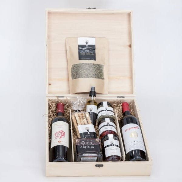 Premium Collection - Gift box with wine and superfoods jam
